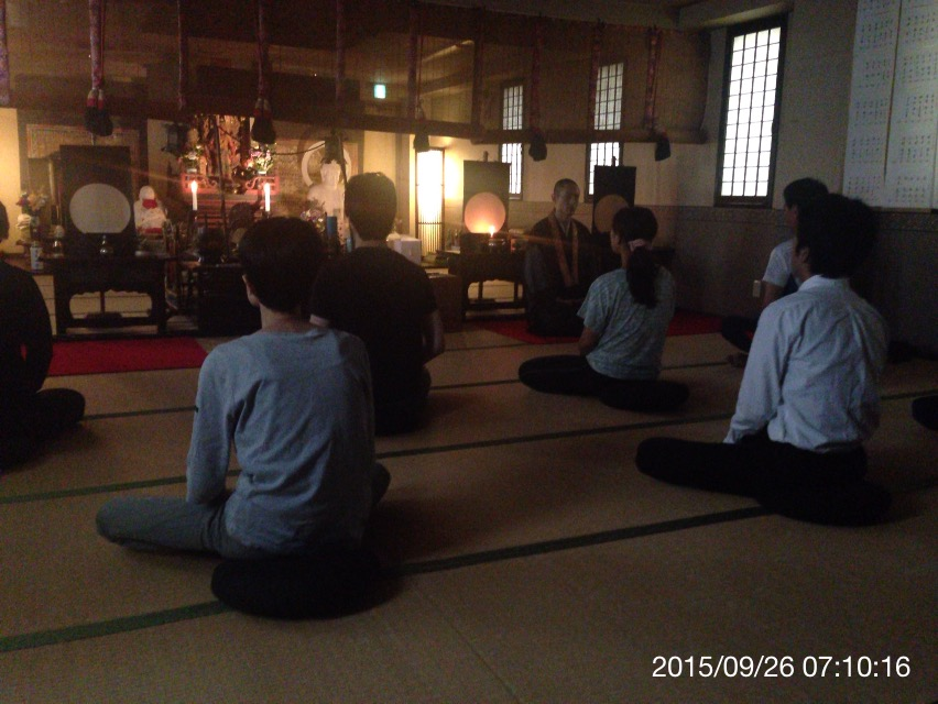 本寿院の座禅